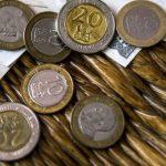 Kenyan Shilling Ends Higher at 101.48 Against Dollar
