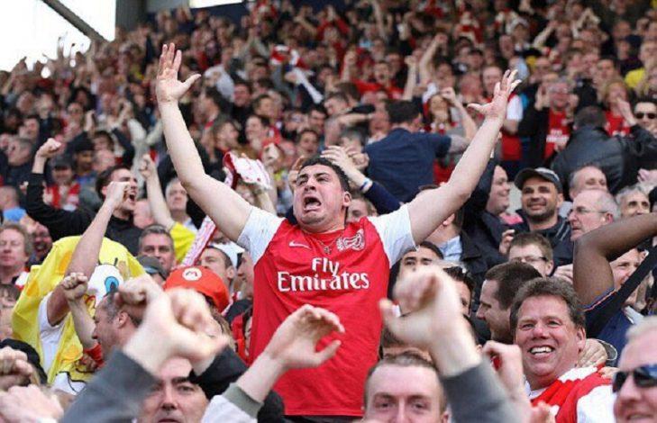 Arsenal fans celebrate win