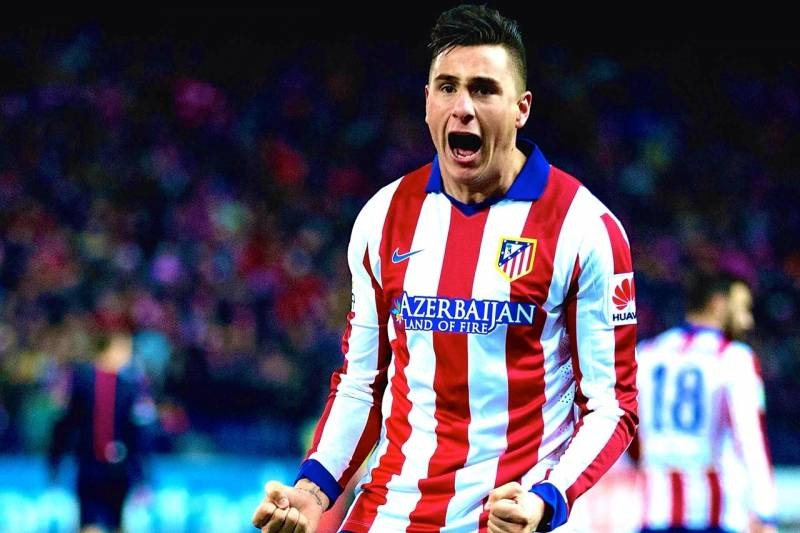Manchester City ready to sign Atletico Madrid's defender Gimenez