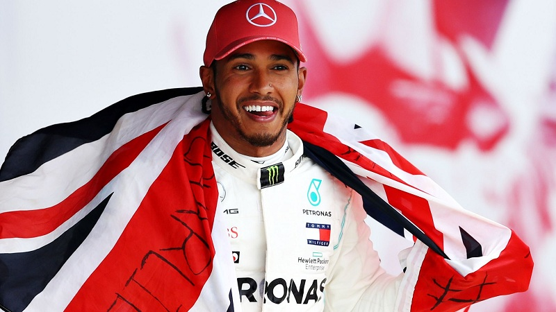 : Lewis Hamilton demanding £40MILLION-a-year to sign fresh terms with Mercedes