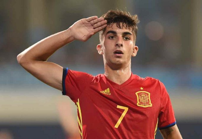 Manchester City looking to sign Valencia's winger Ferran Torres.