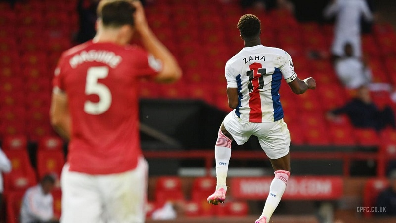 Manchester United beaten 3-1 at home by Crystal Palace