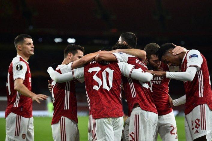 Arsenal register second group win beating Dundalk 3-0