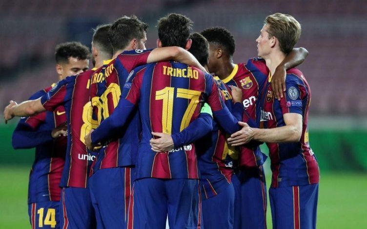 Barcelona put five past minnows Ferencvaros before Gerard Pique was sent off
