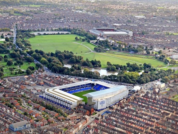 High-spirited Everton take on wounded-Liverpool in a battle for the Merseyside bragging rights