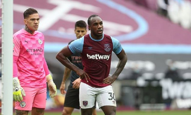 West Ham Michail Antonio ruled out for six weeks with hamstring injury