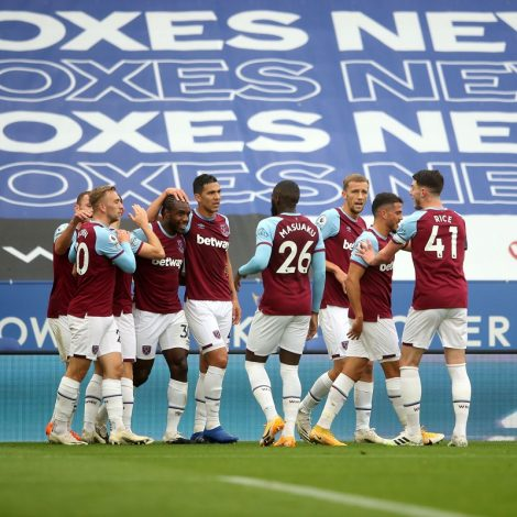 West Ham stun Leicester with 3-0 win at King Power Stadium
