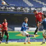 Premier League: Manchester United beat Everton 3-1 as Cavani gets first goal