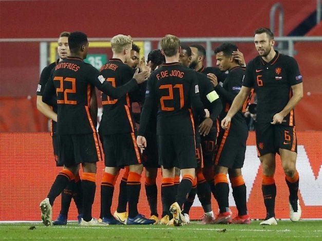 Georginio Wijnaldum scores late winner to give Netherlands 2-1 win over Poland