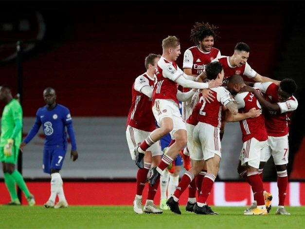 Arsenal return to winning ways with 3-1 win over Chelsea