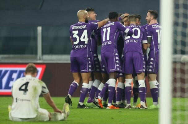 Andrea Pirlo's Juventus lose first game of the season to Fiorentina