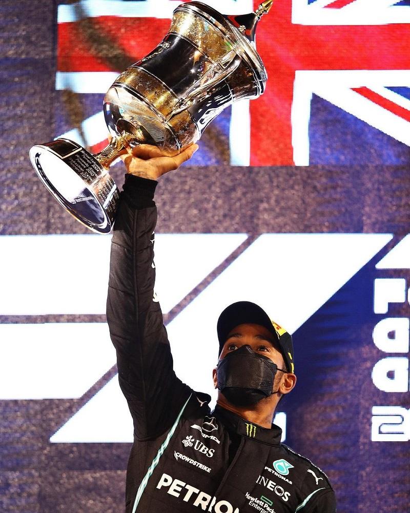 Lewis Hamilton wins Bahrain GP