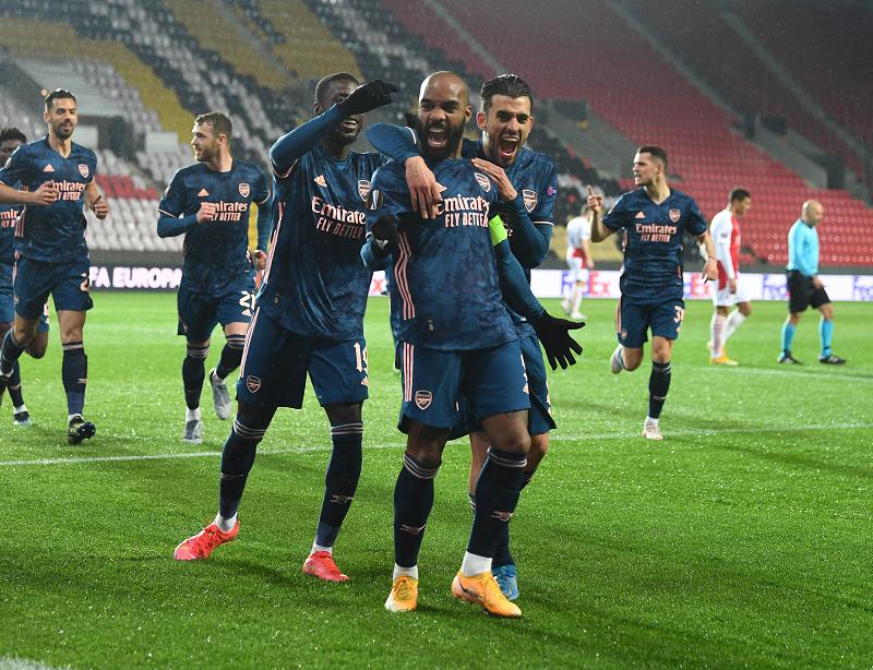 Arsenal beat Slavia 4-0