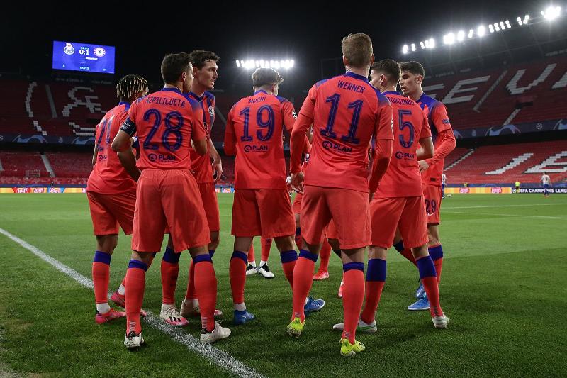 Chelsea beat Porto 2-0