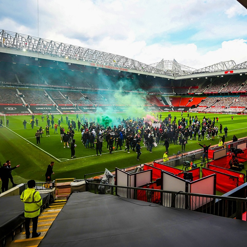 Manchester United's clash against Liverpool has been postponed following protests at Old Trafford.