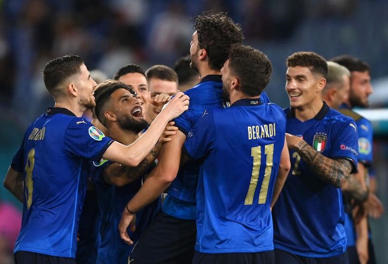 Locatelli scored twice as Italy beat Switzerland 3-0