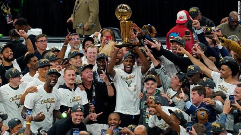 Milwaukee Bucks beat Phoenix Suns to win NBA title