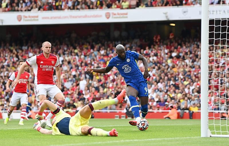 Romelu Lukaku shines as Chelsea beat Arsenal
