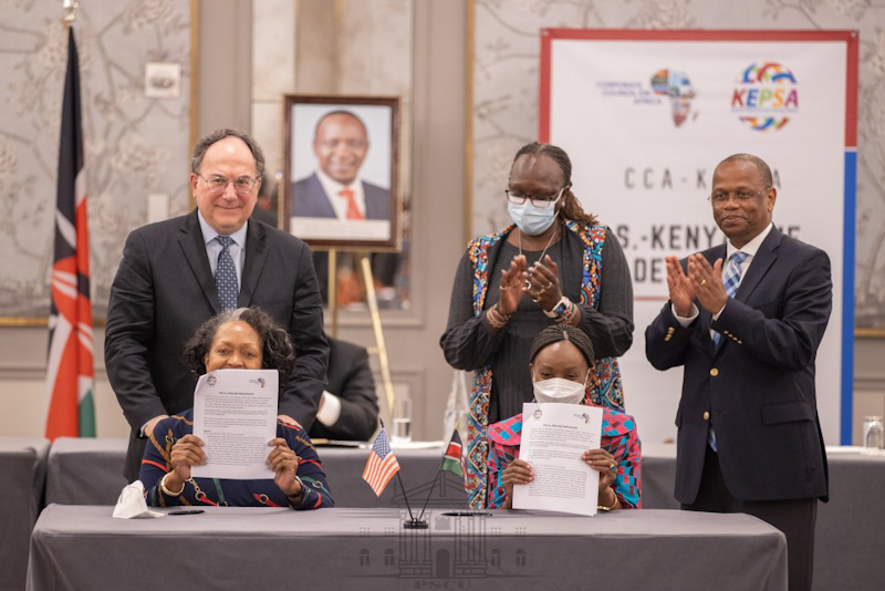 President Uhuru Kenyatta on Monday witnessed the signing of a detailed private sector agreement that seeks to expand trade and investments between Kenya and the United States of America.