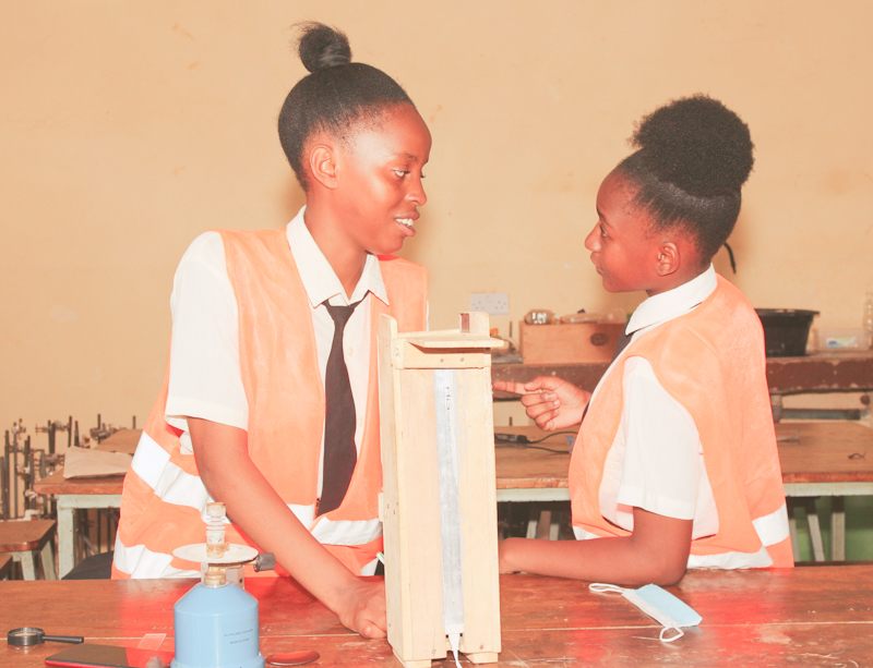 Kilifi duo Sabrina Chepkemoi and Marrieta Halima of St. Thomas Girls Secondary School won the Young Scientists of the Year for the best innovation at the 2021 Young Scientists Kenya National Science and Technology Exhibition.